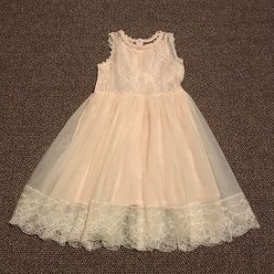 Other - NWT Girls Tulle & Lace Holiday Dress